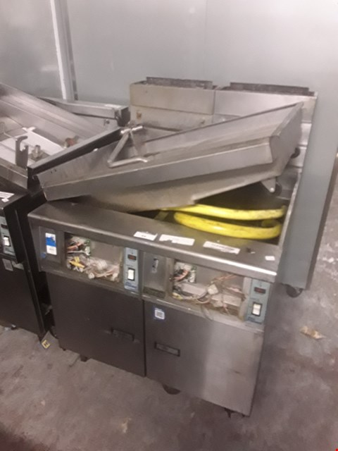 Lot 84 PITCO GAS DOUBLE FRYER