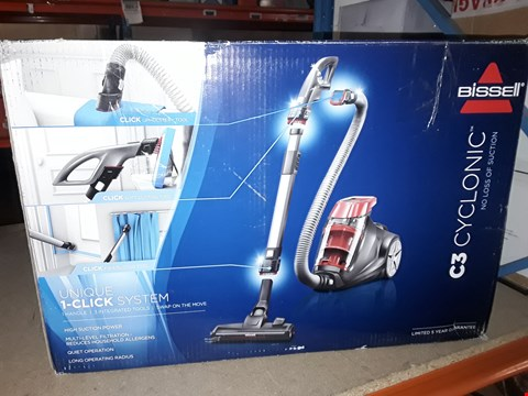 Lot 2389 BISSELL C3 CYCLONIC VACUUM