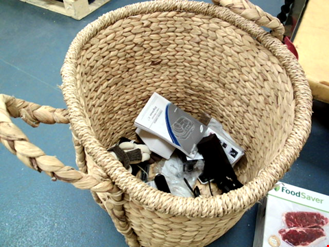 Lot 305 WICKER BASKET CONTAINING ASSORTED ITEMS