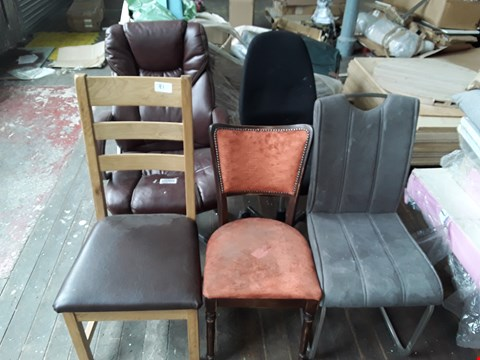 Lot 81 LOT OF 5 ASSORTED CHAIRS