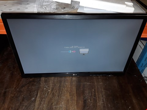 "Lot 738 LG 22"" LED MONITOR - 22M38"