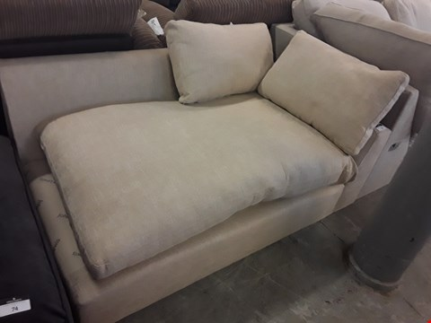Lot 136 QUALITY BRITISH DESIGNER BEIGE FABRIC SOFA SECTION
