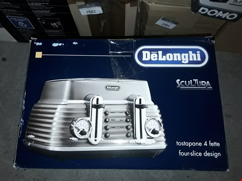 Lot 1978 DELONGHI FOUR SLICE TOASTER
