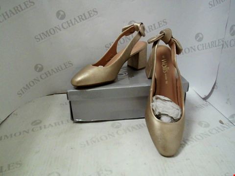 Lot 88 BOXED PAIR OF DESIGNER WALLIS HEELS - UK SIZE 6