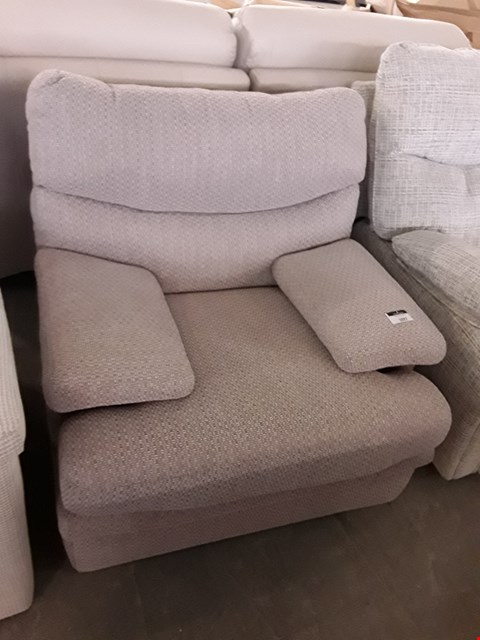 Lot 181 QUALITY BRITISH MADE, HARDWOOD FRAMED BEIGE WEAVE FABRIC EASY CHAIR