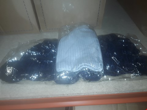 Lot 1119 BOX OF APPROXIMATELY 70 ASSORTED BRAND NEW HATS TO INCLUDE KITTED BOBBLE HATS