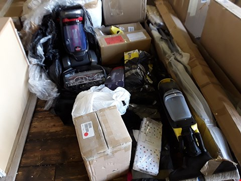 Lot 666 LOT OF APPROXIMATELY 5 ASSORTED ITEMS TO INCLUDE KARCHER WINDOW VAC, TOWER WATER FEATURE AND REVOLUTION CARPET CLEANER ECT