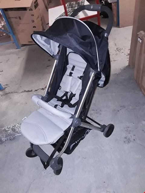 Lot 7894 BOXED HAUCK SWIFT PLUS STROLLER RRP £155.00