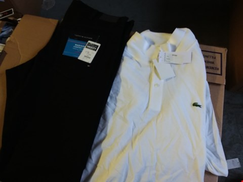 Lot 340 BOX OF APPROXIMATELY 22 ASSORTED MEN'S CLOTHING ITEMS TO INCLUDE TOMMY HILFIGER JEANS AND LACOSTE POLO - VARIOUS SIZES