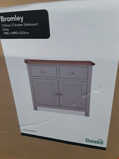 Lot 30 DESIGNER BOXED BROMLEY 2 DOOR, 2 DRAWER COMPACT SIDEBOARD