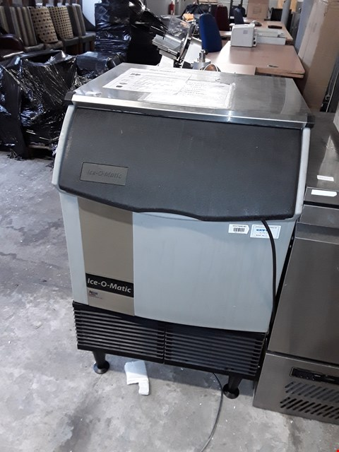Lot 61 COMMERCIAL ICE-O-MATIC ICE MACHINE