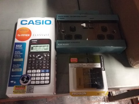 Lot 8103 BOX OF ASSORTED ITEMS TO INCLUDE CASIO FX-991EX CALCULATOR, PRISON 3 DRILL BIT SET AND BLACK NICKEL 13A 2 GANG SWITCHED SOCKET