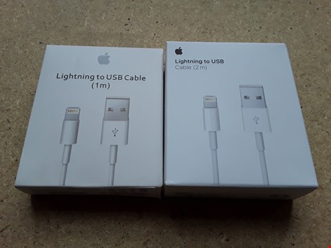 Lot 9369 LOT OF 2 APPLE IPHONE LIGHTNING TO USB CABLES - 1X 1M & 1X 2M