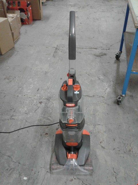 Lot 8316 VAX DUAL POWER PRO FLOOR CLEANER