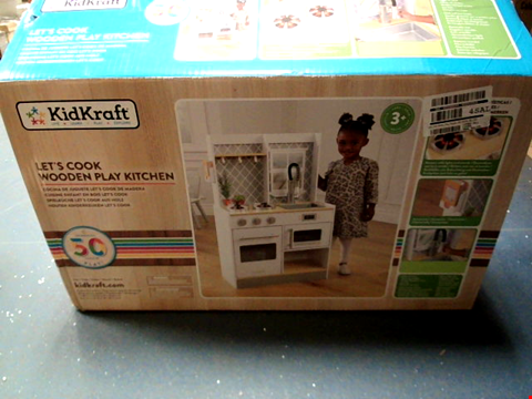 Lot 10388 KIDKRAFT LET'S COOK WOODEN PLAY KITCHEN (1 BOX)  RRP £119.99