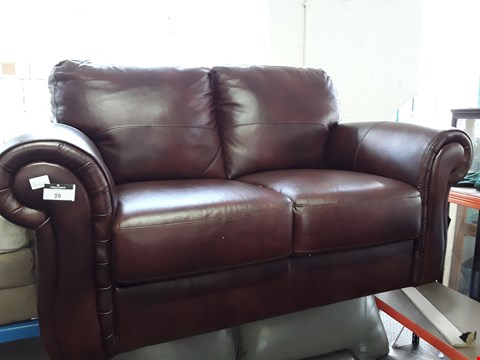 Lot 39 DESIGNER CHESTNUT LEATHER TWO SEATER SCROLL ARM SOFA