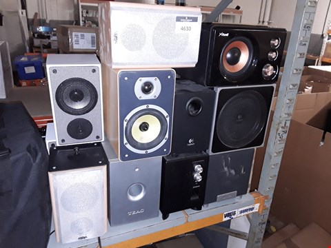 Lot 4630 LOT OF APPROXIMATELY 11 ASSORTED SPEAKERS AND SUBWOOFERS TO INCLUDE STONE, TEAC, POLAROID AND PHILLIPS