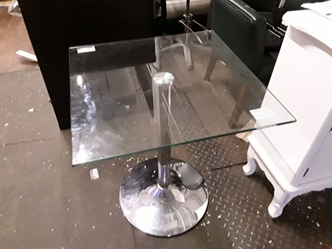 Lot 7003 GLASS TOP TABLE WITH CHROME EFFECT LEG