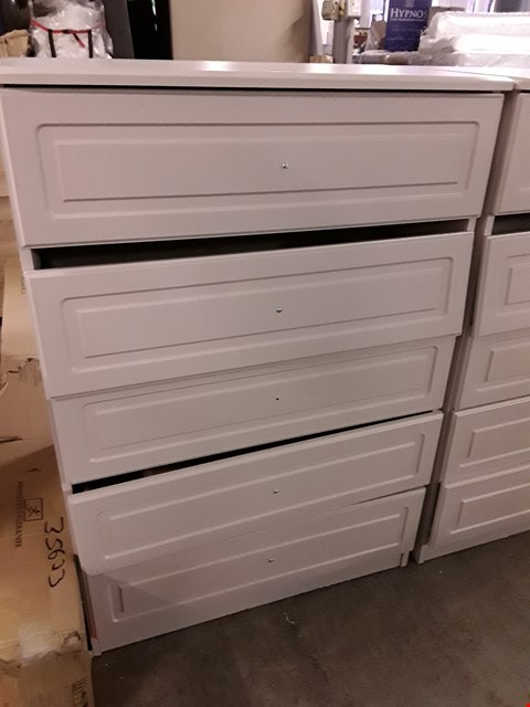 Lot 10016 DESIGNER GREY PAINTED 5 DRAWER CHEST OF DRAWERS