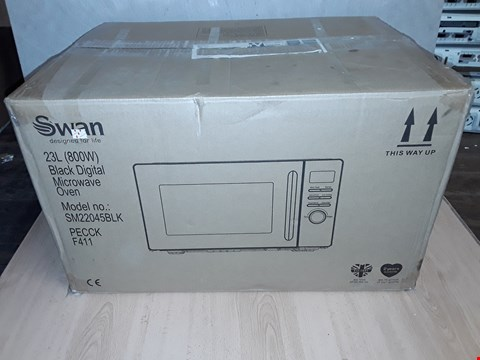 Lot 8101 SWAN 23L DIGITAL MICROWAVE IN BLACK RRP £89.99