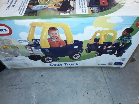 Lot 7550 LITLE TRIKES COSY TRUCK  RRP £135.00