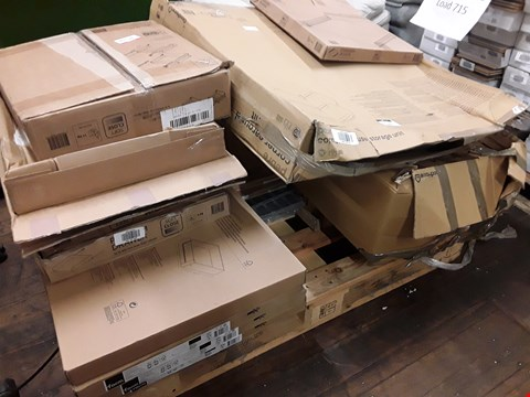 Lot 2089 PALLET OF ASSORTED KITCHEN FITTINGS INCLUDING, SOFT CLOSE DRAWERS, STEEL ROD SHELVES, GLASS SHELVES, INTERNAL DRAWERS, CAROUSEL UNIT. RRP £960.00