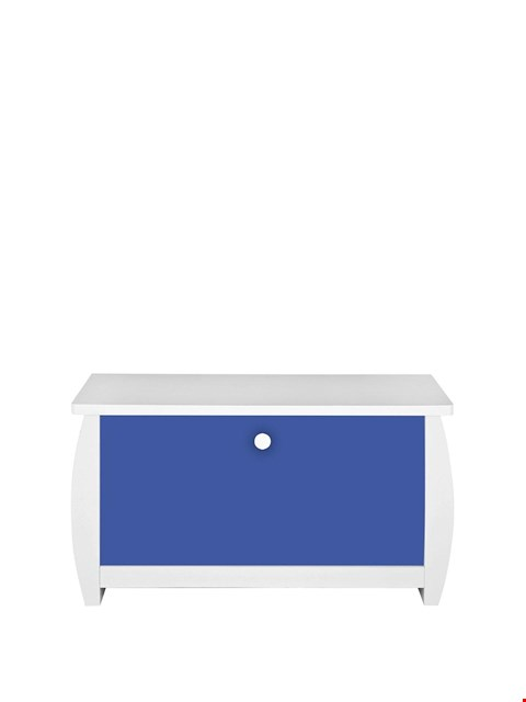 Lot 3249 BRAND NEW BOXED LADYBIRD ORLANDO FRESH WHITE AND NAVY OTTOMAN (1 BOX) RRP £69