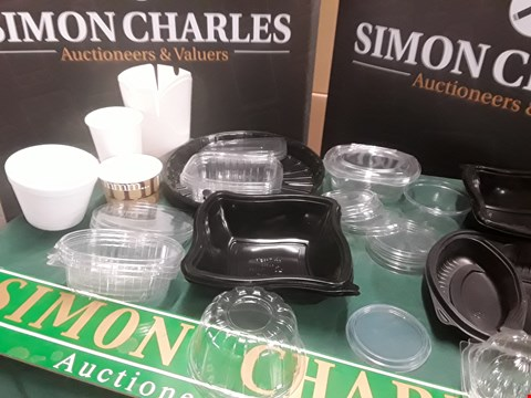 Lot 125 THREE CASES, 2 X 500 EXTRS SQUST 16OZ CUPS, 1 X 500 DIDPOSABLE 16OZ FOOD CONTAINERS RRP £80.00