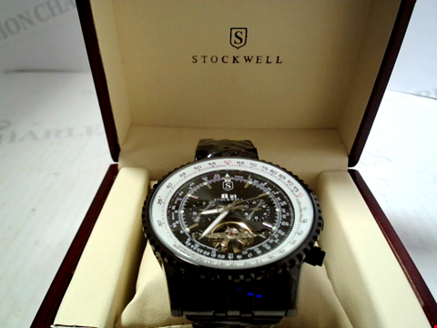 Lot 5636 DESIGNER STOCKWELL AUTOMATIC ATCH WITH MOONPHASE DIAL ON STAINLESS STRAP RRP £750.00