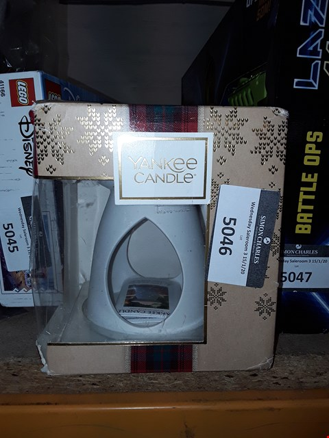 Lot 5046 YANKEE CANDLE CHRISTMAS MELT WARMER SET RRP £18.99