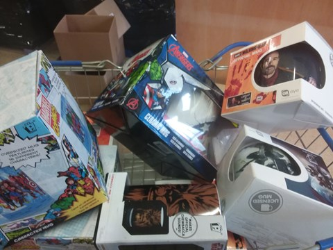 Lot 659 9 BRAND NEW ITEMS TO INCLUDE A MARVEL COMICS CHARACTER MUG, A WALKING DEAD OFFICIAL MUG AND A AVENGERS CERAMIC MUG. BASKET NOT INCLUDED