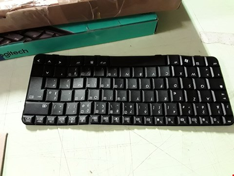 Lot 415 HP KEYBOARD PARTS