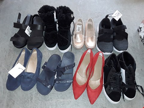 Lot 327 LARGE QUANTITY OF ASSORTED FOOTWEAR IN VARIOUS SIZE