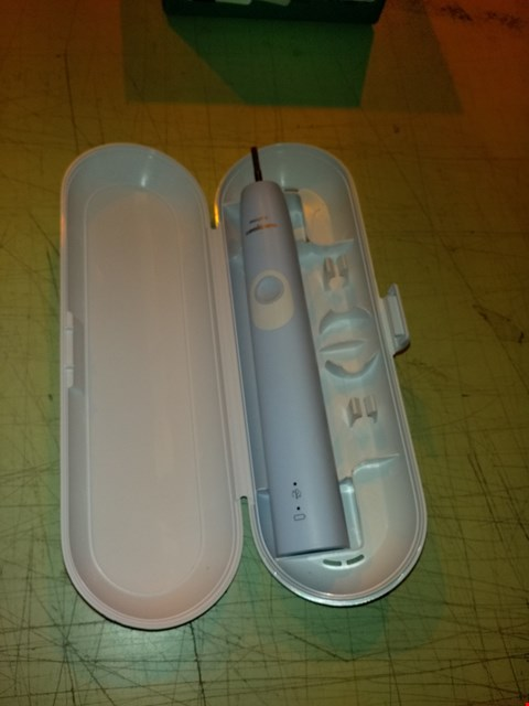 Lot 6714 PHILIPS SONICARE PROTECTIVECLEAN 4300 ELECTRIC TOOTHBRUSH WITH TRAVEL CASE - LIGHT BLUE