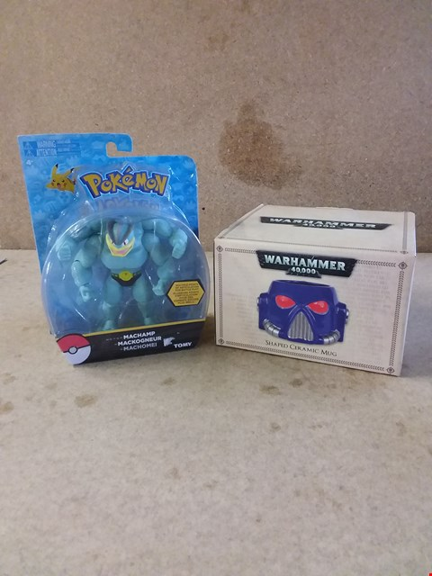 Lot 279 LOT OF 2 ITEMS TO INCLUDE WARHAMMER SHAPED CERAMIC MUG AND POKEMON MACHAMP TOMY