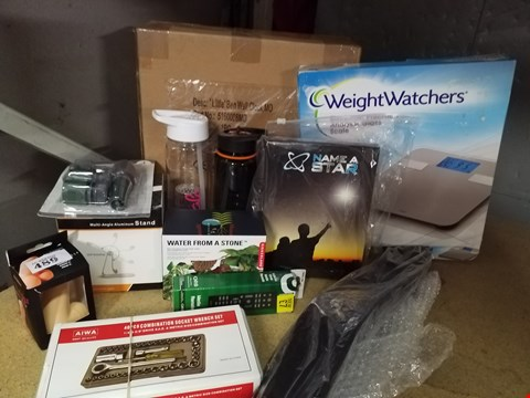 Lot 3316 JOB LOT OF HOME GOODS TO INCLUDE ALUMINIUM ADJUSTABLE STAND, 2X DRINKING FLASK, HOSE CONNECTOR, WATER FROM A STONE, NAME A STAR, MEDIA REMOTE, SOCKET WRENCH SET, WEIGHTWATCHERS SCALESETC