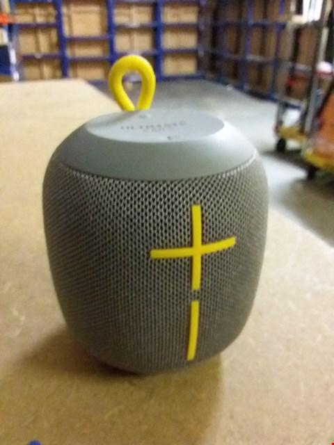 Lot 961 ULTIMATE EARS WONDERBOOM SPEAKER