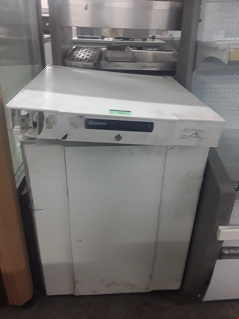 Lot 88 GRAM UNDER COUNTER REFRIGERATOR