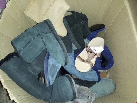 Lot 5419 BOX OF ASSORTED SHOES AND BOOTS