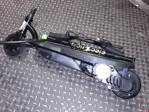 Lot 8073 BLACK/GREEN ELECTRICK SCOOTER