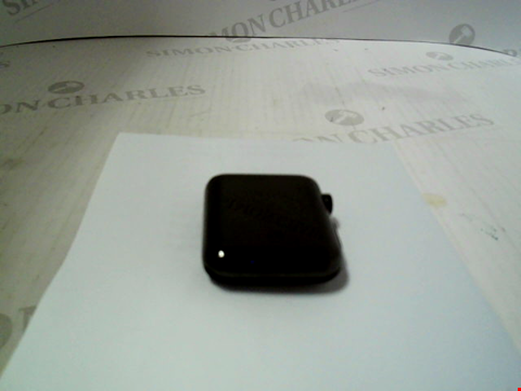 Lot 312 APPLE WATCH