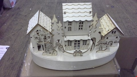 Lot 372 LITTLE WOODEN HOUSE WITH MOVEMENT RRP £32.00