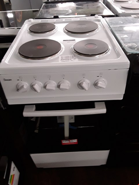 Lot 57 SWAN SX1011W WHITE 50CM ELECTRIC COOKER RRP £409.00