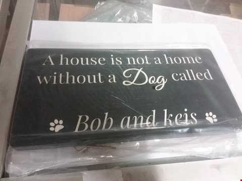 Lot 84 PERSONALISED DOG LEAD HANGER  RRP £25.00