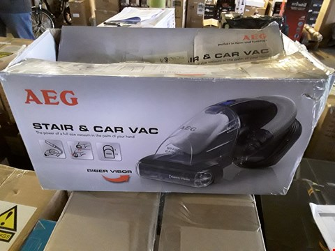 Lot 12 AEG STAIR & CAR VAC AG61A