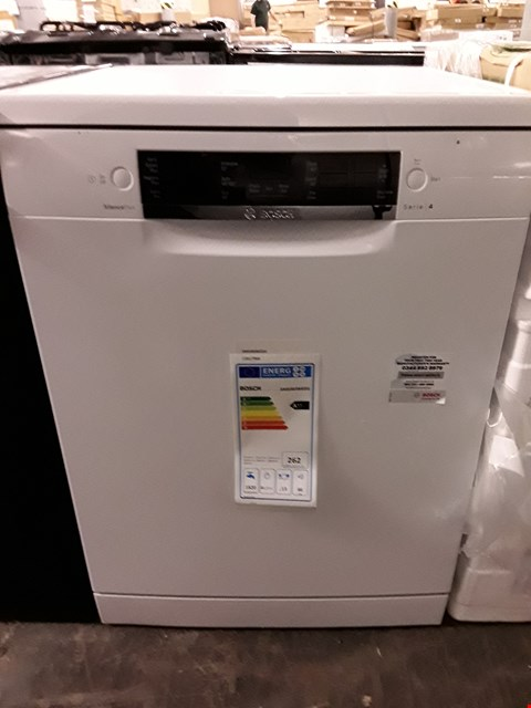 Lot 66 BOSCH SERIES 4 WHITE FULL SIZE FREESTANDING DISHWASHER SMS46IW02G RRP £490