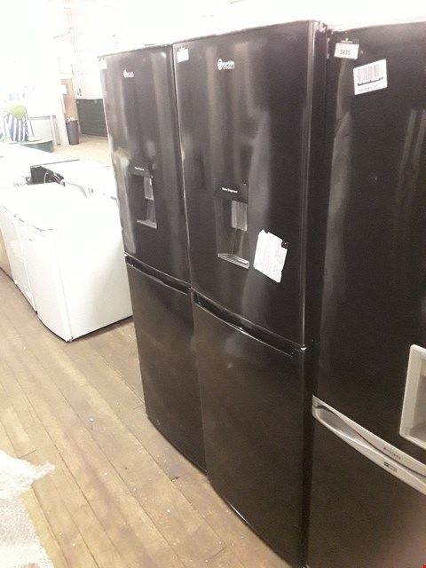Lot 12136 SWAN SR15635B FREESTANDING 50/50 FRIDGE FREEZER IN BLACK