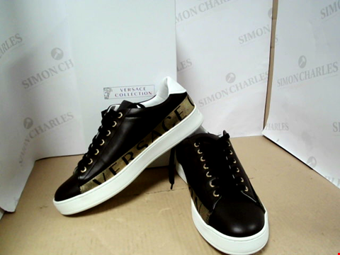 Lot 7104 VERSACE COLLECTION GOLD/BLACK LOGO TRAINERS - SIZE 44