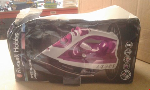 Lot 411 SWAN STEAM IRON SI50100 RRP £24.99