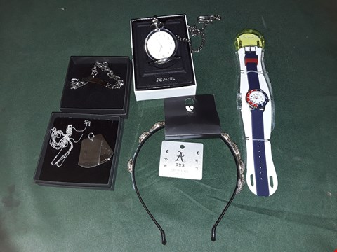 Lot 4216 LOT OF APPROXIMATELY 6 ASSORTED JEWELLERY ITEMS TO INCLUDE POCKET WATCH, DOG TAG, GOLD HEADBAND